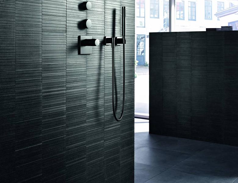 Badkamer Douche Kranen : Zwarte badkamers chique en stijlvol inspiratie saniweb