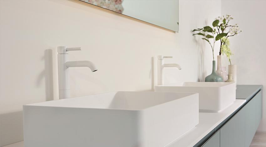 Design Badkamer Matten : Herten sfeervolle badkamer met hoekbad